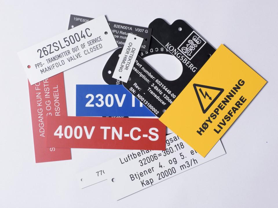 Eksempler på teknisk merking og gravering levert av Polyteknikk